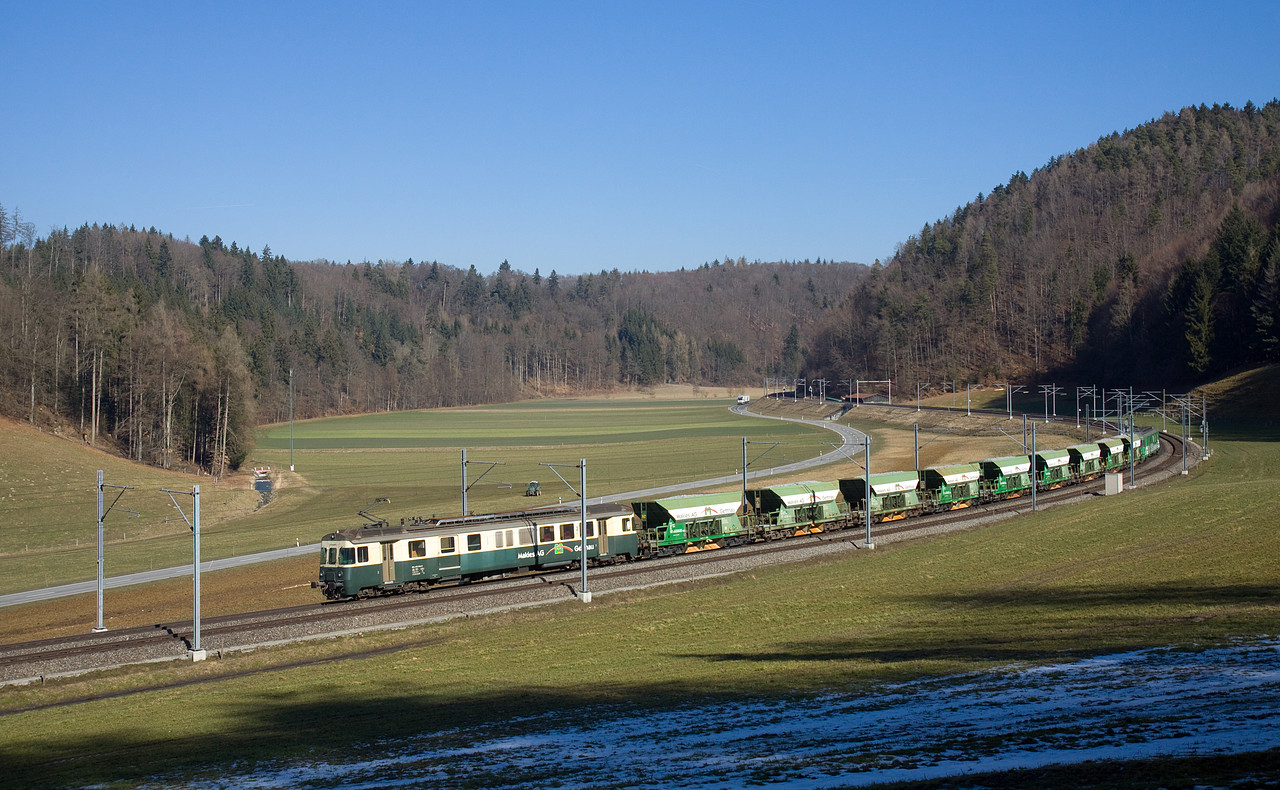 http://www.bahnbilder.ch/pictures/large/9801.jpg