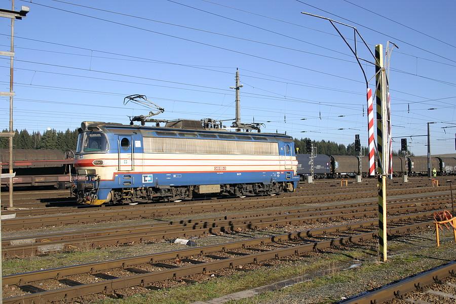 http://www.bahnbilder.ch/pictures/medium/3113.jpg