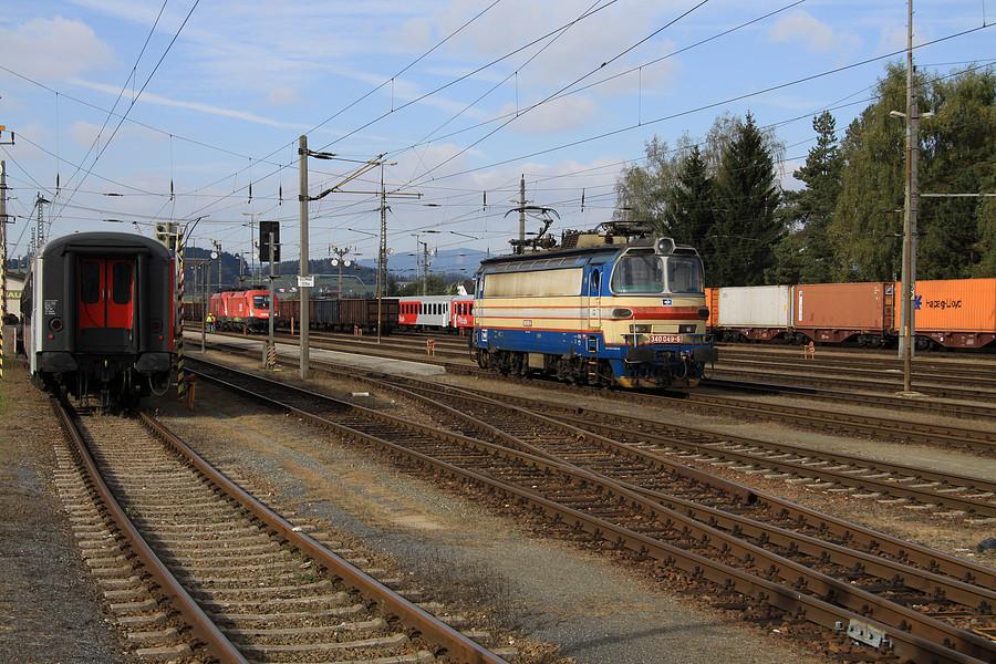 http://www.bahnbilder.ch/pictures/medium/5344.jpg