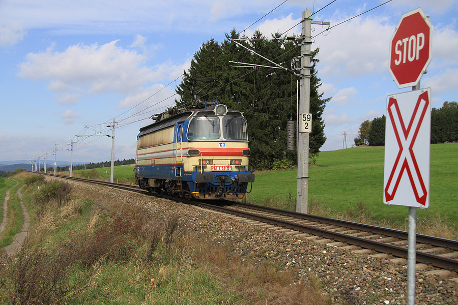 http://www.bahnbilder.ch/pictures/medium/5349.jpg