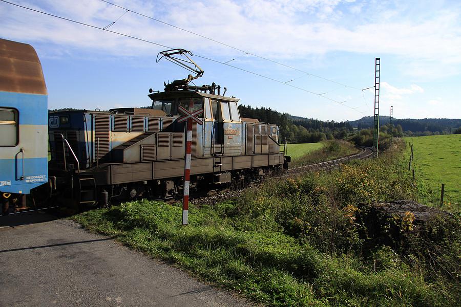 http://www.bahnbilder.ch/pictures/medium/5354.jpg
